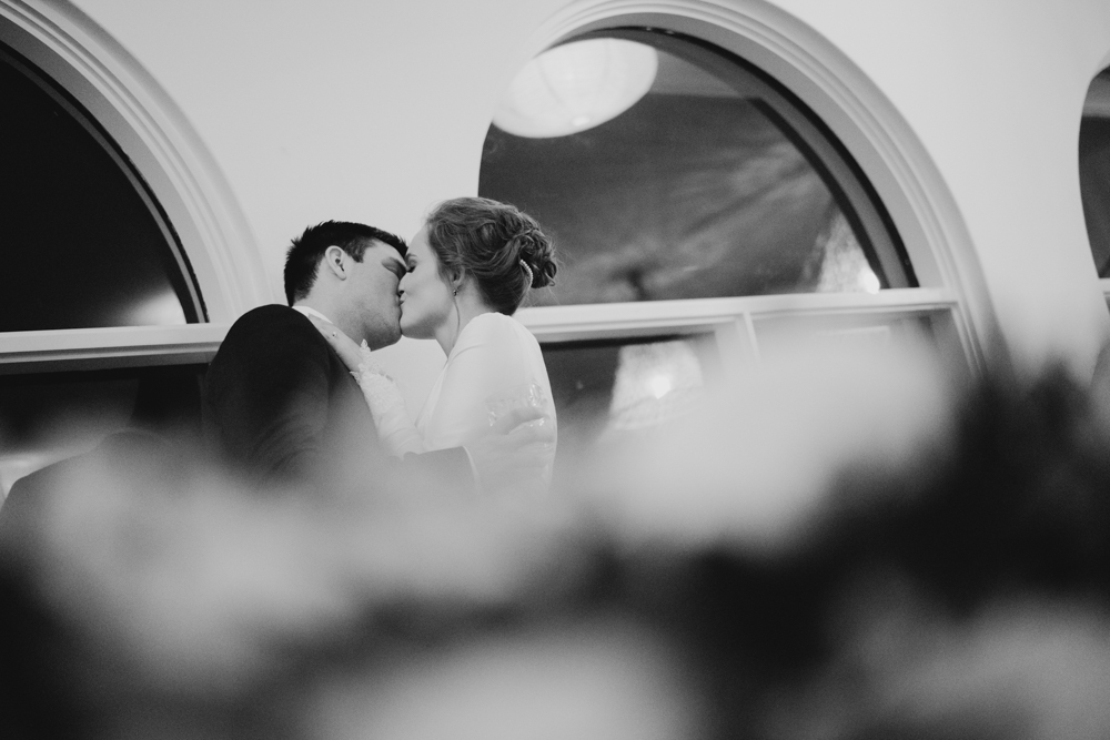 TheSaltStudio_SydneyWeddingPhotography_SydneyWeddingPhotographer_SydneyWeddingVideography_MeaganNikita_48.jpg