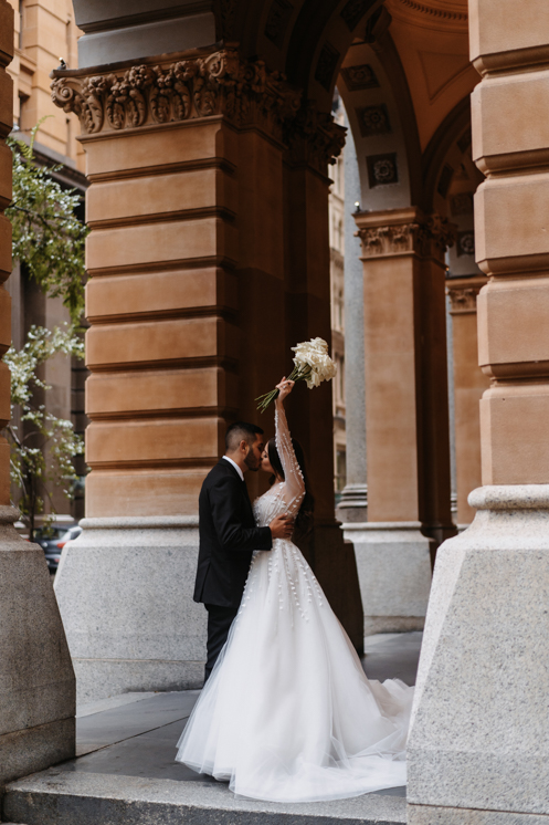 SaltAtelier_SydneyWeddingPhotography_SydneyWeddingPhotographer_ViewbySydney_SarahMick_38.jpg